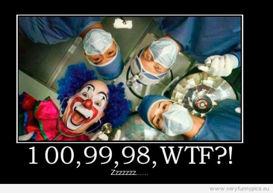 Funny Pictures - Clown in the operating room