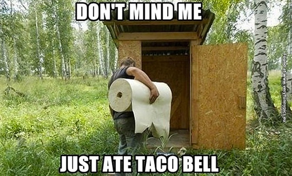 funny-pictures-dont-mind-me-just-ate-at-taco-bell