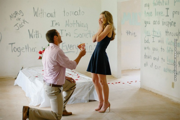 Proposal photos is so much more fun to watch when the engagement rings is replaced by pizzas (15 pictures)