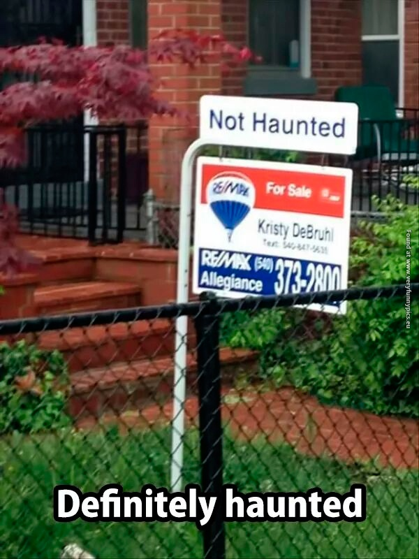funny-pictures-haunted-house